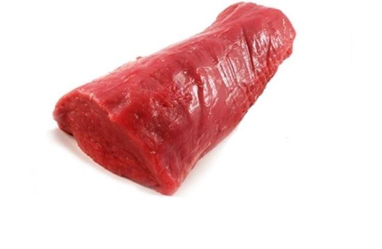 Taglio del filetto di manzo