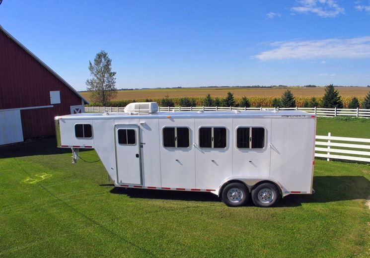 trailer cavalli