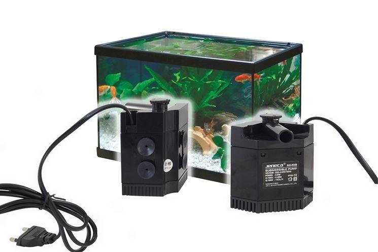 Mangiatoia automatica acquario mangimi acquario for Contenitore per pesci